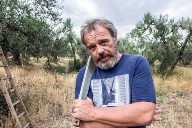 Noi_e_la_Giulia_Claudio_Amendola_foto_dal_film_3_mid