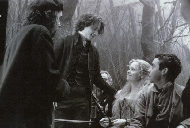 sul-set-de-il-mistero-di-sleepy-hollow-christina-ricci-tim-burton-e-johnny-depp-28291